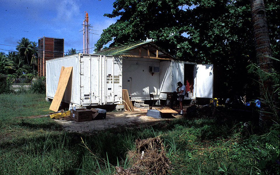 Chuuk, 1992: temporary lab between 2 shipping containers